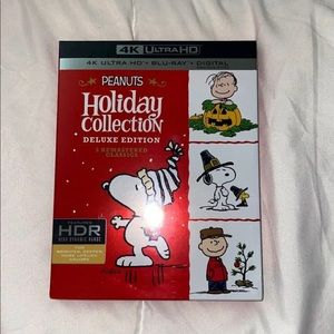 Peanut's Holiday Collection Deluxe Edition